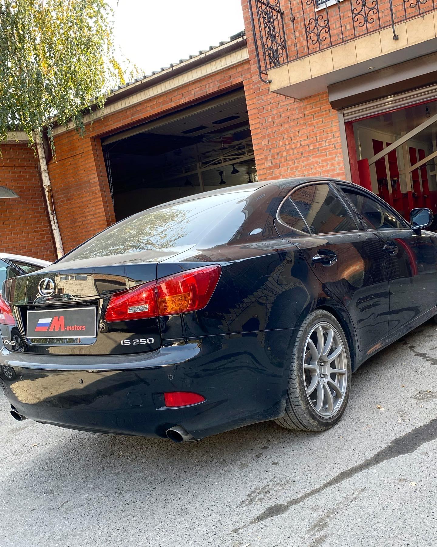 Ремонт Lexus IS250